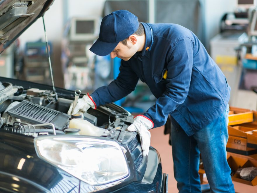 5 Tips to Know When Your Car Needs a Service
